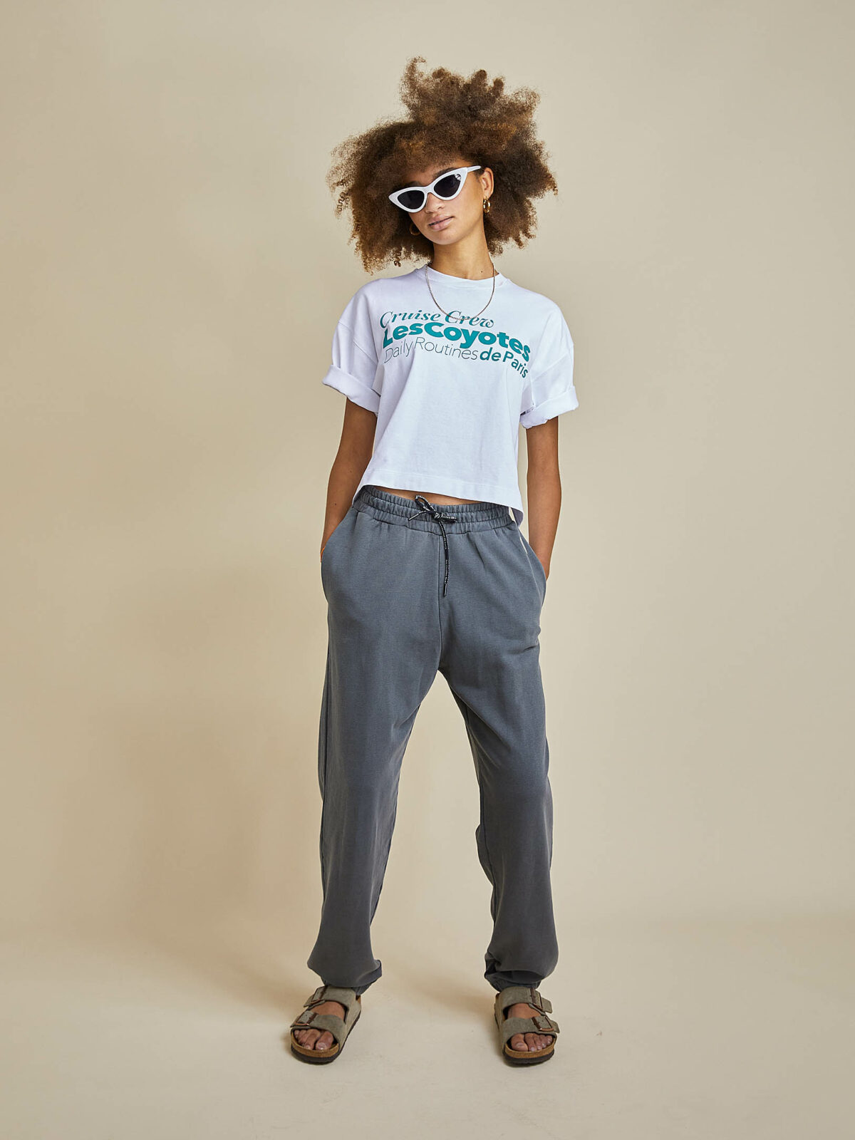SS21_EvelynTee_BoJogger_Front